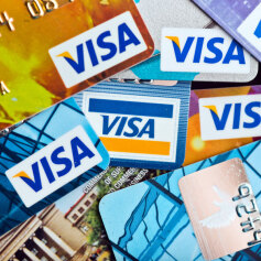 Ile czeka się na kartę płatniczą z banku?