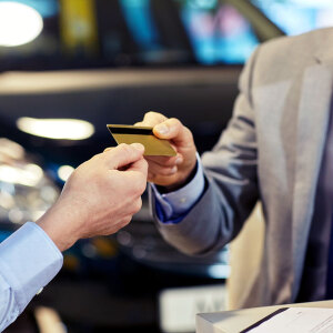 Jak karta kredytowa wpływa na zdolność kredytową?