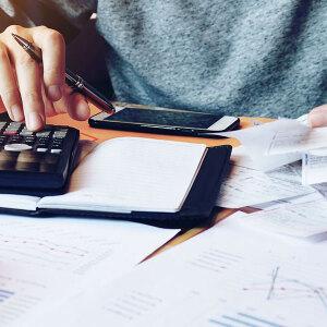 Oszczędzanie a nieregularne dochody