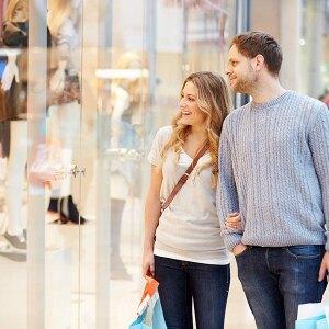 Kto płaci za wspólne zakupy w małżeństwie?