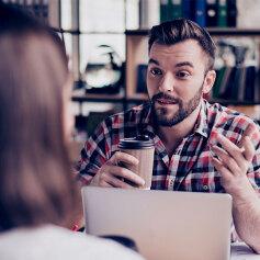 Pożyczka czy kredyt w banku – co prościej dostać?