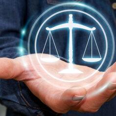 Porady prawne przez internet - jak działają?