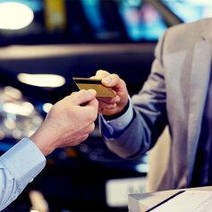 Ubezpieczenie karty płatniczej - czy się opłaca?