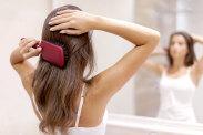 Sposoby na wypadające włosy, które warto poznać