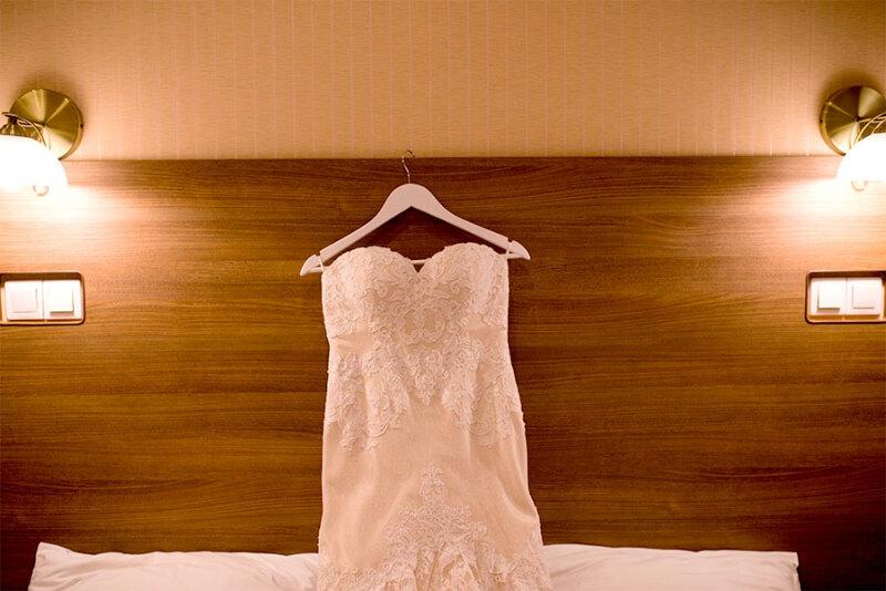 Sukienka na wesele – jak znaleźć najlepszy model?